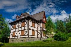 Rustiek chalet in Tatras, Slowakije royalty-vrije stock afbeeldingen