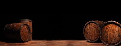 Rustiek houten vat op een nachtachtergrond royalty-vrije stock afbeelding