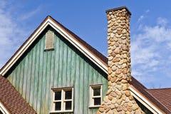 Rustiek huis en schoorsteen Royalty-vrije Stock Foto
