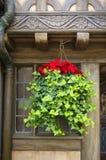 Rustiek huis met Kerstmisdecoratie royalty-vrije stock foto