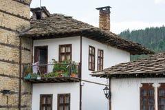 Rustiek huis in traditioneel Bulgaars dorp Royalty-vrije Stock Fotografie
