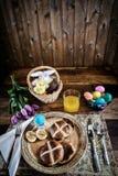 Rustiek Pasen-Ontbijt - Verticaal Royalty-vrije Stock Afbeeldingen