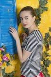 Rustiek portret van een jonge vrouw Royalty-vrije Stock Afbeeldingen