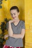 Rustiek portret van een jonge vrouw Royalty-vrije Stock Afbeelding
