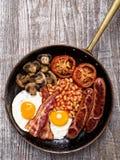 Rustiek volledig Engels ontbijt Stock Fotografie