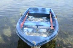 Rustieke blauwe boot Royalty-vrije Stock Fotografie