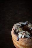 Rustieke Cronut-Verticaal Stock Foto's