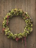 Rustieke decoratieve kroon Stock Foto's