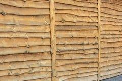 Rustieke houten voorgevel van een kleermakers- voorgevel van een schuur royalty-vrije stock afbeelding