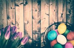 Rustieke Retro Pasen-Achtergrond Stock Afbeeldingen
