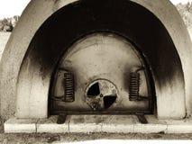 Rustieke Staalmaïskolf Oven Door royalty-vrije stock afbeelding