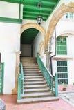 Rustieke treden in Oud Havana de bouw binnenland Royalty-vrije Stock Afbeeldingen