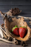 Rustikale Erdbeeren Lizenzfreie Stockfotografie
