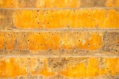 Rustikale farbige Treppe des Hintergrundes im Freien Stockfotos