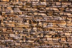Rustikale Wand in einem alten Bau Stockbild