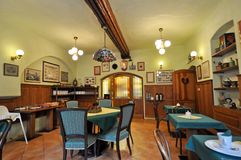 Rustikaler Gaststätte-Innenraum Lizenzfreies Stockfoto