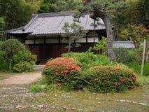 Rustikales japanisches Yard Lizenzfreie Stockfotos
