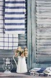 Rustikales Küchenstillleben stockfoto