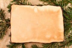 Rustikales Papier mit Niederlassung herum Stockbilder
