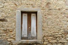 Rustikales traditionelles Fenster Stockbild