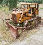 Rusty Abandoned Bulldozer Images libres de droits