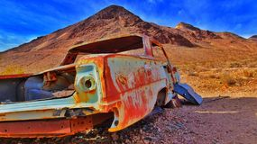 Rusty car. In Death Valley nevada desert Stock Photography