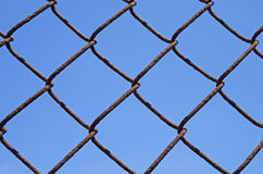 Rusty Chain Link Fence Image libre de droits