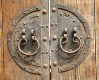 Rusty Chinese door handle Royalty Free Stock Images