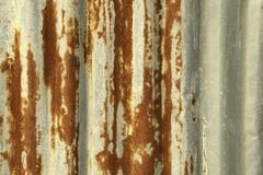 Rusty Corrugated Iron Sheet Texture - Weinlese-Effekt-Art-Bild stockfotografie