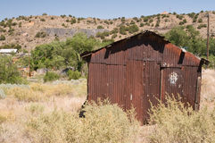 Rusty desert mining shack Royalty Free Stock Photos