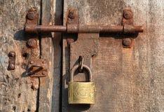 Rusty Door Lock Lizenzfreie Stockfotos