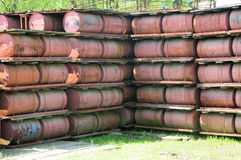 Rusty Drums empilhado Imagens de Stock