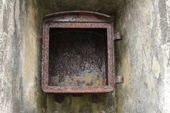 Rusty Iron Box royaltyfri foto
