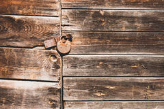 Rusty lock on an old door Royalty Free Stock Photos