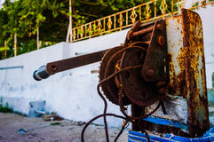 Rusty Manual Winch imagem de stock royalty free
