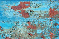 Rusty Metal Texture Background azul Fundo abstrato azul metal pintado velho no azul Pintura azul rachada velha imagem de stock royalty free