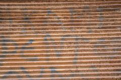 Rusty metallic background, metallic lines, outdoor daylight royalty free stock photos
