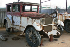 Rusty old car Royalty Free Stock Images