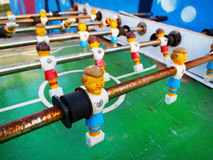 Rusty Old Foosball Table lizenzfreie stockbilder
