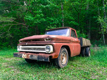Rusty Old Ford Arkivbild