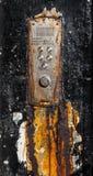 Rusty Old Glasgow Flat Buzzers Stockfoto