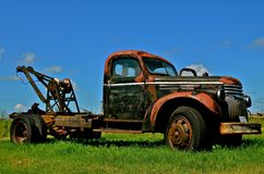 Rusty Old Tow Truck Arkivfoton