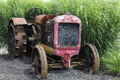 Rusty Old Tractor Images stock