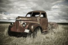 Free Rusty Old Truck Royalty Free Stock Image - 5517356