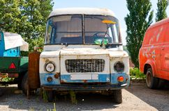 Rusty old van Royalty Free Stock Photography