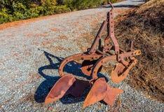 Rusty Plow Used For Planting pasado de moda fotos de archivo