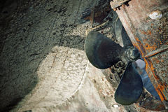 Rusty propeller under hull Royalty Free Stock Photos