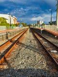Rusty Train Tracks paralelo, Perth, Australia occidental foto de archivo libre de regalías