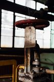 Rusty Valve & etichetta - Black Leaf Chemical Company - Louisville, Kentucky fotografie stock