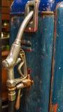Rusty Vintage Fuel Pump dysa för bränslepump Arkivbild